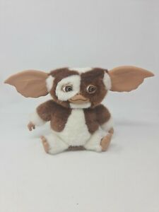 NECA Gremlins Gizmo Singing & Dancing Plush with Sound Mogwai Soft Toy Official
