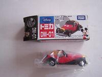 VOITURE DISNEY MOTORS , REF DM - 01 , TAKARA TOMY . NEUF .