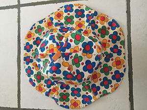 Chapeau années 60 ou 70 en tissu fille enfant Vintage Retro Collection