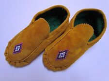 AUTHENTIC FELT LINED NATIVE AMERICAN MOCCASINS - COLORED DIAMOND BEADING - 10 IN