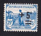 VARIÉTÉ N°:165 -tres belle surcharge déplacée Orphelins- Neuf **sans charnière