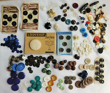 Job lot of assorted vintage and modern buttons 250g mid to late 20th-century E