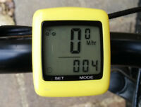 NEW EVORIDER YELLOW WIRELESS CYCLE SPEEDOMETER BIKE SPEEDO TEMP MPH KMH ODOMETER