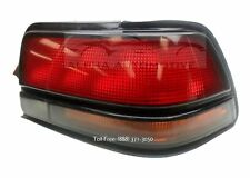 New 1992-1993 Pontiac Gr& Prix Right Tail Light Taillamp Taillight
