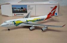 """Boeing 747-400 """"Quantas / Go Wallabies"""" - Herpa Wings Nr. 520959 - 1:500"""
