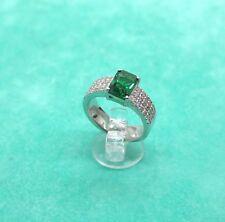 Anello donna fascia in argento 925 centro verde color smeraldo e zirconi