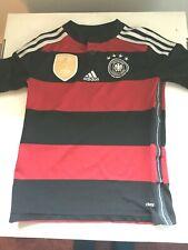 OFFICIAL ADIDAS GERMANY Youth Shirt FIFA 2014 World Fusball Champions US Sz Sm