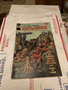 vintage old comic book lost in space #44 1975