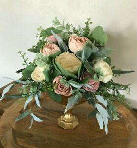 Sola Flower Wedding Centerpiece with Glass Gold Pedestal included