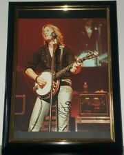 KEITH URBAN - HAND SIGNED PHOTO WITH COA + EXTRA MAGAZINE 8X10 PHOTO AUTHENTIC