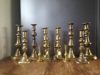COLLECTION OF ANTIQUE VINTAGE BRASS PAIRS OF CANDLESTICKS CANDLE HOLDERS