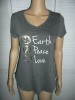 Cute Apt. 9 size XS gray Earth Peace Love short sleeve v-neck shirt NWOT