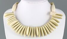 VINTAGE OFF WHITE & GREEN PLASTIC LUCITE BEAD DROP BIB COLLAR NECKLACE HONG KONG