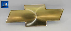 99-06 Chevrolet Silverado 00-06 Tahoe Gold Front Grill Bowtie Emblem  NEW GM 633