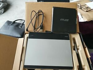 Wacom CTH-480  Intuos Art Black Pen and Touch Graphics Tablet - Black small