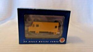 HO Scale Bachmann MOW Rail Detector Step Van, Yellow, Powered, #46204, BNOS