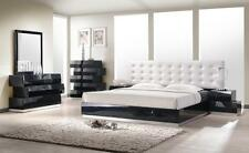 ALIYA - KING SIZE MODERN LEATHERETTE WHITE / BLACK LACQUERED BEDROOM SET