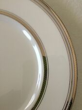 """NEW MONIQUE LHULLIER for ROYAL DOULTON PLATINE 9"""" ACCENT PLATE"""