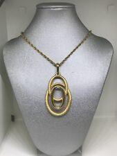 Elegant Crown Trifari Matte And Shiny Gold Tone Ovals Pendant Necklace Retro