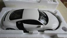 Audi R8 white 1:18 Kyosho