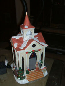 CHRISTMAS CHURCHES Mervyns Village Square Lighted Silhouette Church 1998. $45