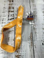 NEW Disneyland Yellow Lanyard & Daisy Donald Castle Pin Collectible Walt Disney