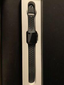 Apple Watch Nike Series 3 GPS + Cellular, 42mm Silver Aluminum