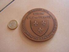 grosse medaille installation conseil regional  ile de france 1976 en bronze