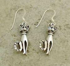 PRETTY .925 STERLING SILVER DANGLING CAT EARRINGS  style# e0934