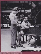PHOTOGRAPHIE - 270217 - Jean CONSTANTIN chanteur et Boby DURANTON catcheur