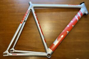 LOW  56cm Track Pursuit Frame with Ritchey Headset