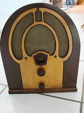 VINTAGE Cathedral RADIO PHILCO Jr. # 80 cabinet Nice some tubes dont light up