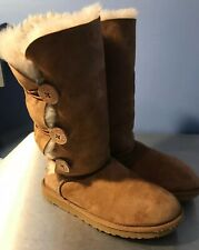 UGG WOMENS BAILEY BUTTON TRIPLET II BROWN FASHION BOOTS SIZE 9