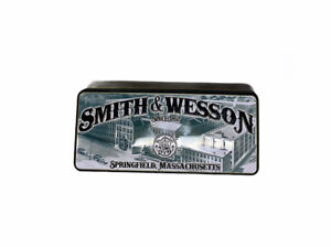 Smith & Wesson Commemorative 163th Anniversary Knife With Tin, Collectors