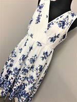 Little mistress wrap front dress in border floral print white (AS30/18)
