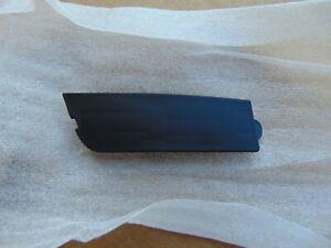 15-20 TAHOE YUKON LEFT DRIVERSIDE FRONT INTERIOR DOOR HANDLE SCREW CAP 22903188