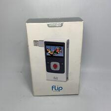 Cisco FLIP HD  Video Camera 8 GB Silver/White U32120 - BRAND NEW SEALED