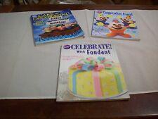 Books PB (3): Wilton Cake Decorating: 2010 Yearbook,Cupcake Fun,Fondant (#623)
