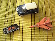 lot vehicules miniatures metal : mini - batmobile - avion majorette