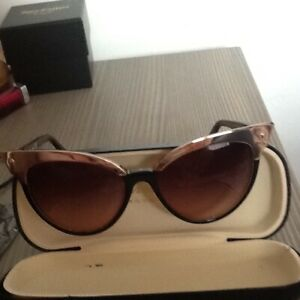 DSQUARED BUTTERFLY BLACK SUNGLASSES NEW