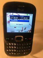 LG C360 - Black (Unlocked) Mobile Phone QWERTY
