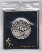2000 Walt Disney World Commemorative Coin Rare Mickey Mouse Vintage