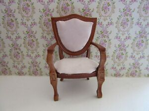 CHAIR FOR 12TH SCALE DOLLS HOUSE  (N) EX DISPLAY