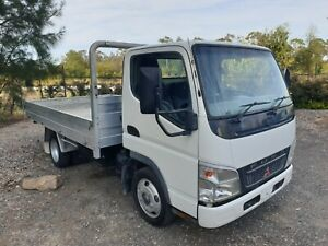 2006 Mitsubishi canter car licence table top tray truck
