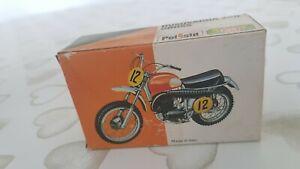 UPOLISTIL Motorcycle Husqvarna 250 CROSS RARE  MT112