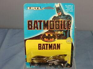 """ERTL MODEL No.1064 BATMAN """" BATMOBILE           MINT ON CARD"""