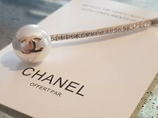 New Chanel VIP Beauty Gift Hair Clip pearl with crystals