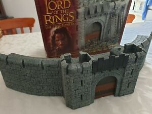 Lord of the Rings Warhammer LOTR Helms Deep Fortress Boxed Games Workshop Battle