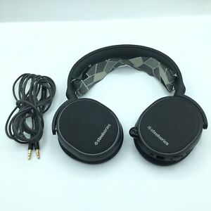 Steelseries Arctis 3 Wired Gaming Headphones Headset Black With Cables