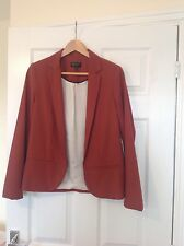 LADIES 'TOPSHOP' TAN BLAZER JACKET. SIZE 8. GOOD CONDITION. LONG SLEEVES.